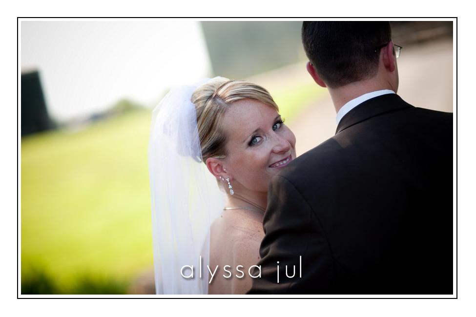 postlewaits-country-wedding-venue-bride-groom-3