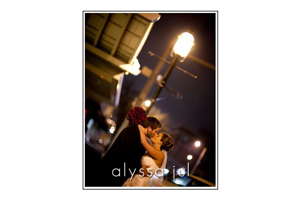 lamplight-kiss